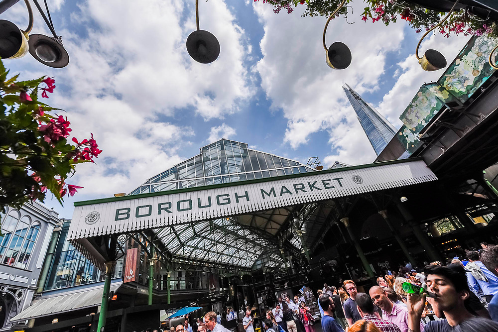 Stoney street is soon thronging with lunchtime eaters and drinkers - The market reopening is signified by the ringing of the bell and is attended by Mayor Sadiq Khan. Tourists and locals soon flood back to bring the area back to life.
