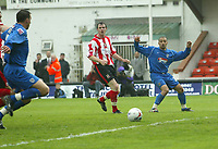 Photo: Aidan Ellis.<br /> Lincoln City v Grimsby Town. Coca Cola League 2, Play off Semi Final. 13/05/2006.<br /> Grimsby's Curtis Woodhouse supplys the pass for Gar Jones to score the first goal