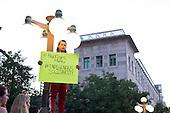 Ottawa holds vigil at US Embassy for black lives