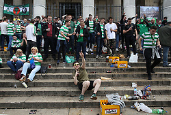 27 September 2017 Brussels: Celtic fans on the steps of La Bourse (stock exchange) before the Champions League match against Anderlecht: Photo: Mark Leech