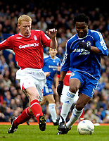Photo: Ed Godden/Sportsbeat Images.<br /> Chelsea v Nottingham Forest. The FA Cup. 28/01/2007.<br /> Forest's Gary Holt (L), approaches Mikel.