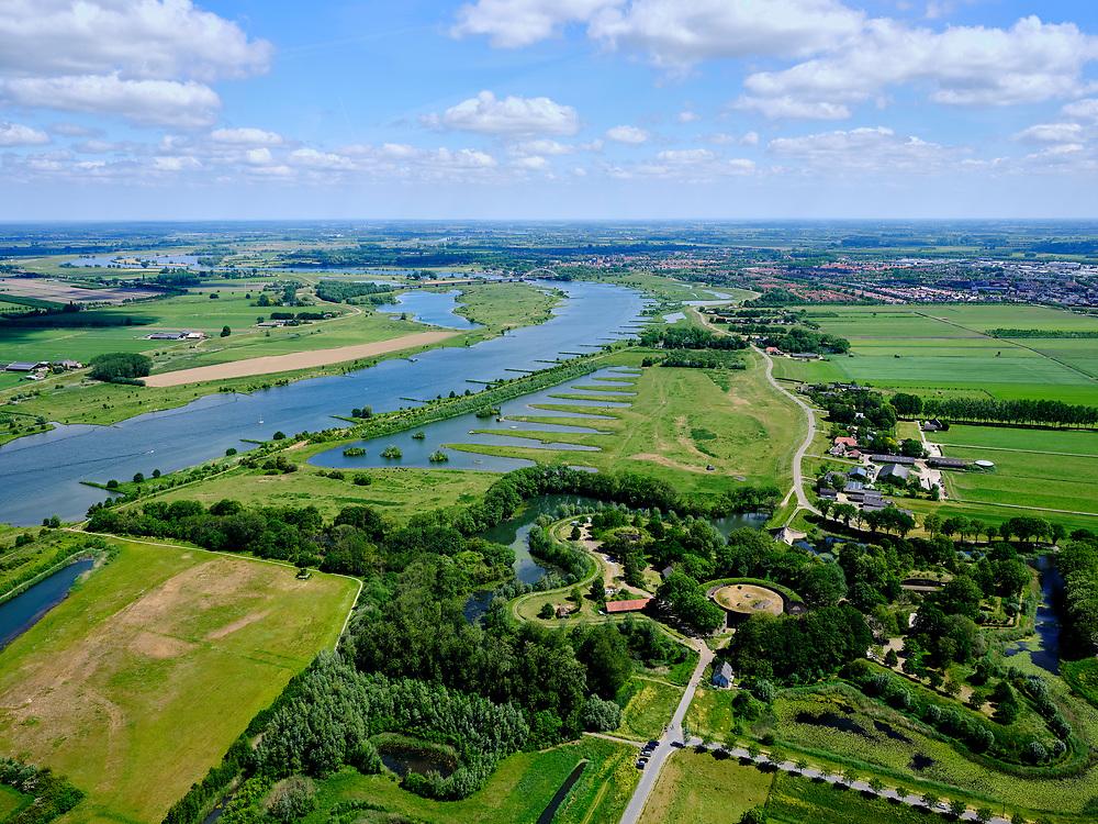 Nederland, Gelderland, Gemeente Culemborg, 27-05-2020; Fort Everdingen aan de Lek, onderdeel van de Nieuwe Hollandse Waterlinie. In de achtergrond de Goilberdingerwaard.<br /> Fort Everdingen near river Lek, part of the New Dutch Waterline.<br /> <br /> luchtfoto (toeslag op standard tarieven);<br /> aerial photo (additional fee required)<br /> copyright © 2020 foto/photo Siebe Swart