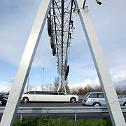 Nederland Rotterdam 24 maart 2008 20080324 .Trajectcontrole op A13 80 kilometer zone  ..Foto David Rozing
