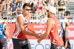 28.07.2017, Donauinsel, Wien, AUT, FIVB Beach Volleyball WM, Wien 2017, Herren, Gruppe J, im Bild v.l. Michal Bryl (POL), Grzegorz Fijalek (POL) // f.l. Michal Bryl of Poland Grzegorz Fijalek of Poland during the men's group J match of 2017 FIVB Beach Volleyball World Championships at the Donauinsel in Wien, Austria on 2017/07/28. EXPA Pictures © 2017, PhotoCredit: EXPA/ Sebastian Pucher