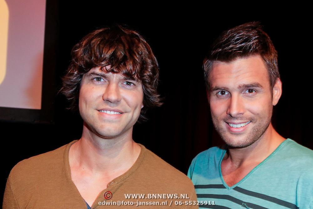 NLD/Hilversum/20120821 - Perspresentatie 3de seizoen The Voice of Holland 2012 / 2013, Nick & Simon, Simon Keizer, Nick Schilder