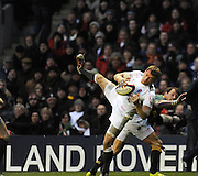 Twickenham; GREAT BRITAIN;  during the Investec Challenge Series; England vs South Africa; Autumn International at Twickenham Stadium; Surrey on Saturday  -  27/11/2010.   [Mandatory Credit; Photo, Peter Spurrier/Intersport-images]Twickenham; GREAT BRITAIN;  Englands' Mark CUETO, collect the high ball, during the Investec Challenge Series; England vs South Africa; Autumn International at Twickenham Stadium; Surrey on Saturday  -  27/11/2010.   [Mandatory Credit; Photo, Peter Spurrier/Intersport-images]