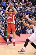 DESCRIZIONE : Milano Eurolega Euroleague 2013-14 EA7 Emporio Armani Milano Olympiacos Piraeus<br /> GIOCATORE : Kostas Sloukas<br /> CATEGORIA : Tiro <br /> SQUADRA : Olympiacos Piraeus<br /> EVENTO : Eurolega Euroleague 2013-2014<br /> GARA : EA7 Emporio Armani Milano Olympiacos Piraeus<br /> DATA : 09/01/2014<br /> SPORT : Pallacanestro <br /> AUTORE : Agenzia Ciamillo-Castoria / A. Giberti<br /> Galleria : Eurolega Euroleague 2013-2014  <br /> Fotonotizia : Milano Eurolega Euroleague 2013-14 EA7 Emporio Armani Milano Olympiacos Piraeus<br /> Predefinita :