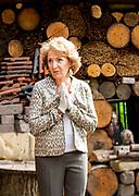 Prinses Margriet tijdens de iopening van het voedselbos voor dwergapen in Apenheul in Apeldoorn. Prinses Margriet is beschermvrouwe van Stichting Apenheul. De opening zou aanvankelijk op 2 april 2020 plaatsvinden, maar werd uitgesteld vanwege de uitbraak van het coronavirus