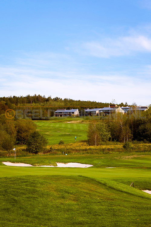 17-09-2015: Beroun Golf Resort in Beroun, Tsjechië.<br /> Foto: Licht glooiende fairways