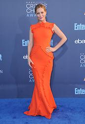 Leslie Mann  bei der Verleihung der 22. Critics' Choice Awards in Los Angeles / 111216