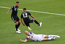 June 16, 2018 - Moscou, Rússia - MOSCOU, MO - 16.06.2018: ARGENTINA VS ICELAND - Nicolas OTAMENDI of Argentina observes the ball dispute between Maximiliano MEZA and Hordur MAGNUSSON of Iceland during the match between Argentina and Iceland valid for the 2018 World Cup held at the Otkrytie Arena in Moscow, Russia. (Credit Image: © Rodolfo Buhrer/Fotoarena via ZUMA Press)