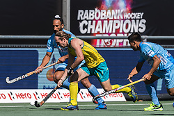 (L-R) Sardar Singh of India, Jake Harvie of Australia, Chinglensana Kangujam of India during the Champions Trophy finale between the Australia and India on the fields of BH&BC Breda on Juli 1, 2018 in Breda, the Netherlands.