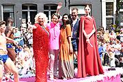 Euro Gay Pride - Canal Parade 2016 - in de grachten van Amsterdam<br /> <br /> Euro Gay Pride - Canal Parade 2016 - in the canals of Amsterdam<br /> <br /> Op de foto / On the photo:  ambassadeurs van 2016: Sipke Jan Bousema, Margriet van der Linden, Valentijn de Hingh, Mayday en Conchita