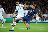 Fotball<br /> Frankrike<br /> Foto: Dppi/Digitalsport<br /> NORWAY ONLY<br /> <br /> FOOTBALL - UEFA CHAMPIONS LEAGUE 2012/2013 - GROUP STAGE - GROUP A - PARIS SAINT GERMAIN v DYNAMO KIEV - 18/09/2012 <br /> <br /> YEVHEN KHACHERIDI (DK) / ZLATAN IBRAHIMOVIC (PSG)