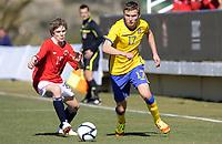 Fotball<br /> La Manga 2012<br /> 10.02.2012<br /> Landskamp G17<br /> Norge v Sverige 2:3<br /> Norway v Sweden 2:3<br /> Foto: Morten Olsen, Digitalsport<br /> <br /> Sondre Tronstad - NOR (15)<br /> Piotr Johansson - SWE (17)