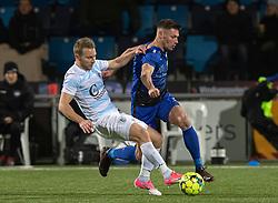 Anders Holst (FC Helsingør) og Stephan Petersen (HB Køge) under kampen i 1. Division mellem HB Køge og FC Helsingør den 4. december 2020 på Capelli Sport Stadion i Køge (Foto: Claus Birch).