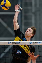 Nico Manenschijn of Dynamo in action during the second final league match between Amysoft Lycurgus vs. Draisma Dynamo on April 24, 2021 in Groningen.