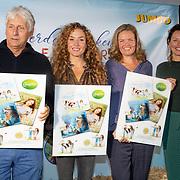 NLD/Hilversum/20181002 - Presentatie Jumbo boederijboeken 2018, Birgit Schuurman en zus Katja Schuurman, Harmen van Straaten en Carien de Bas