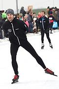 Leden van de koninklijke familie nemen deel aan de tweede editie van De Hollandse 100 op FlevOnice, een sportief evenement van fonds Lymph&Co ter ondersteuning van onderzoek naar lymfeklierkanker. <br /> <br /> Members of the royal family take part in the second edition of the Dutch 100 on FlevOnice, a sporting event Lymph & Co fund to support research into lymphoma.<br /> <br /> Op de foto / On the photo:  Nick Schilder