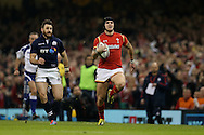 Tom James of Wales breaks away down the wing. RBS Six nations championship 2016, Wales v Scotland at the Principality Stadium in Cardiff, South Wales on Saturday 13th February 2016. <br /> pic by  Andrew Orchard, Andrew Orchard sports photography.