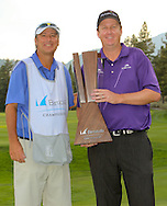 15 AUG 09  Caddie Pete Jordan and JJ Henry celebrate on the 18th green at the conclusion of Sunday's Final Round of The Barracuda Championship at The Montreux Country Club in Reno, {state.}(photo credit : kenneth e. dennis/kendennisphoto.com)