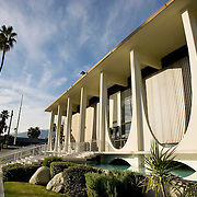 Washington Mutual bank building located in downtown Palm Springs was designed by Harry Williams in 1960 and is still a landmark for fans of mid-century modern architecture traveling through Palm Springs, CA..