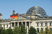Duitsland, Berlijn, 22-08-2009 Rijksdag, het Duitse parlementsgebouw, dat is ontworpen door de Britse architect sir Norman Foster. Germany, Berlin, the Reichstag, the German parliament building, which was designed by the British architect sir Norman Foster.Foto: Flip Franssen/Hollandse Hoogte