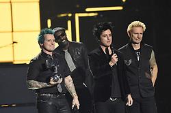 Green Day und Idris Elba bei Verleihung der MTV Europe Music Awards in Rotterdam / 061116 <br /> <br /> *** The show during the MTV Europe Music Awards in Rotterdam, Netherlands, November 06, 2016 ***