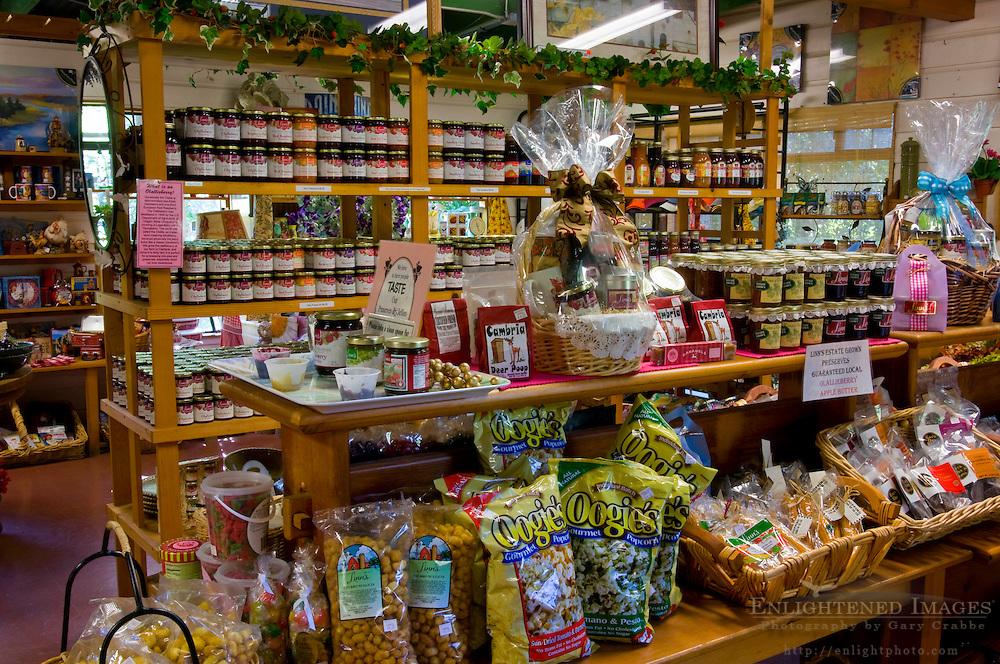 Linn's Original Farm Store, known for fresh berry Jellies and pies, near Cambria, California
