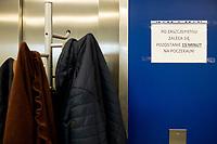 Bialystok, 27.12.2020. Szczepienie personelu medycznego przeciwko COVID-19 w Uniwersyteckim Szpitalu Klinicznym. N/z inforamcja o tym, ze po szczepieniu nalezy odczekac 15 minut fot Michal Kosc / AGENCJA WSCHOD