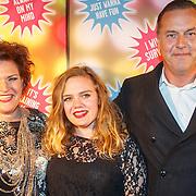 NLD/Amsterdam20151111 - Premiere Priscilla, Queen of the Desert, Marjolein Touw, partner Rob en dochter Mila-Marie