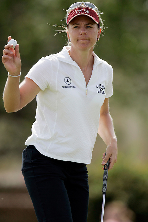 RANCHO MIRAGE, CA - MARCH 24, 2005:  Annika Sorenstam acknowledges the crowd during the Kraft Nabisco Championship in Rancho Mirage, CA from March 22 through March 25, 2005. Sorenstam won the tournament which is the first major of the year for the LPGA tour.  (Photo by Todd Bigelow/Aurora)