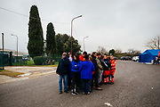 Volontari della cooperativa del Cara di Castelnuovo di Porto all'esterno della struttura. Roma 22 Gennaio 2019. Christian Mantuano / OneShot<br />