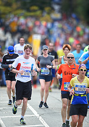 01-11-2015 USA: NYC Marathon We Run 2 Change Diabetes day 4, New York<br /> De dag van de marathon, 42 km en 195 meter door de straten van Staten Island, Brooklyn, Queens, The Bronx en Manhattan / Thomas