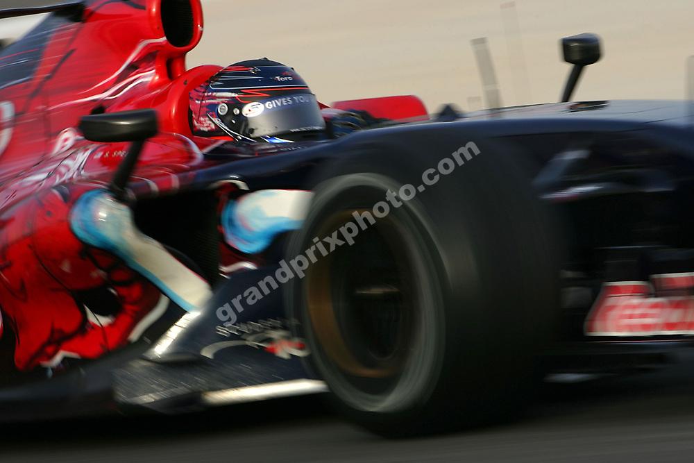 Scott Speed (Scuderia Toro Rosso-Cosworth) testing at Bahrain International Circuit, Bahrain, Thursday, 1 March 2007. Photo: Grand Prix Photo
