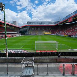 Fussball - 3.Bundesliga - Saison 2019/20<br /> Kaiserslautern -  Fritz-Walter-Stadion 20.6.2020<br /> 1. FC Kaiserslautern (fck) - KFC Uerdingen (uer)<br /> Geisterspiel<br /> <br /> Foto © PIX-Sportfotos *** Foto ist honorarpflichtig! *** Auf Anfrage in hoeherer Qualitaet/Aufloesung. Belegexemplar erbeten. Veroeffentlichung ausschliesslich fuer journalistisch-publizistische Zwecke. For editorial use only. DFL regulations prohibit any use of photographs as image sequences and/or quasi-video.