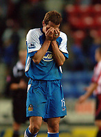 Photo: Paul Greenwood.<br />Wigan Athletic v Sheffield United. The Barclays Premiership. 16/12/2006. Wigan's David Wright reacts at the final whistle