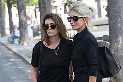 Beerdigung von Sonia Rykiel auf dem Friedhof Montparnasse in Paris / 010916 *** French fashion journalist Mademoiselle Agnes during the funeral of the late French fashion designer Sonia Rykiel, at the Montparnasse cemetery in Paris, France, September 1 2016.