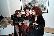 PALOMA FAITH; LULU GUINNESS; HELENA BONHAM-CARTER; ; , Lulu Guinness And Rob Ryan Fan Bag - Launch Party. Air Gallery. London. 10 November 2010.  -DO NOT ARCHIVE-© Copyright Photograph by Dafydd Jones. 248 Clapham Rd. London SW9 0PZ. Tel 0207 820 0771. www.dafjones.com.