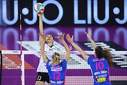 11-05-2017 ITA: Finale Liu Jo Modena - Igor Gorgonzola Novara, Modena<br /> Novara heeft de titel in de Italiaanse Serie A1 Femminile gepakt. Novara was oppermachtig in de vierde finalewedstrijd. Door een 3-0 zege is het Italiaanse kampioenschap binnen. / OZSOY NERIMAN<br /> <br /> ***NETHERLANDS ONLY***