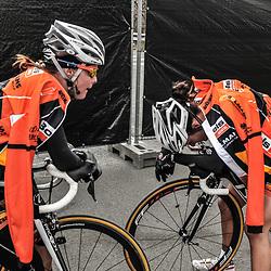 Sportfoto archief 2013<br /> Ronde van Vlaanderen Worlccup women Adrie Visser en Lizzy Armistead