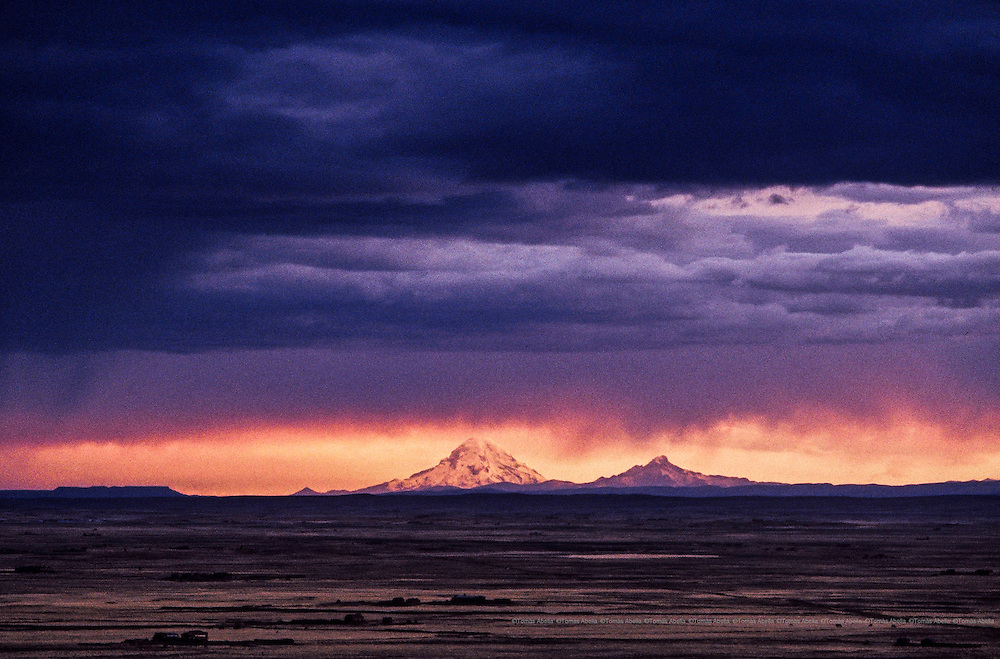The majestic Sajama mountain with a height of 6542 meters forms part of the Cordillera Occidental of the Andes. Bolivian Altiplano, Bolivia.
