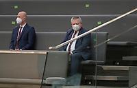 DEU, Deutschland, Germany, Berlin, 29.01.2021: Dr. Bruno Kahl, Präsident des Bundesnachrichtendienstes (BND), verfolgt auf den Zuschauerplätzen die Debatte zur Änderung des BND-Gesetzes während einer Plenarsitzung im Deutschen Bundestag.
