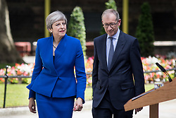 © Licensed to London News Pictures. 09/06/2017. London, UK. British Prime Minister Theresa May and Philip May arriving in Downing Street. Parliament is currently hung, with no party gaining an overall majority. Photo credit : Tom Nicholson/LNP