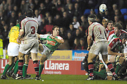 Reading, GREAT BRITAIN, Paul HODGSON, clearing the ball, during the third round Heineken Cup game, London Irish vs Ulster Rugby, at the Madejski Stadium, Reading ENGLAND, Sat., <br /> 09.12.2006. [Photo Peter Spurrier/Intersport Images]