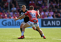Rugby Union - 2018 / 2019 Gallagher Premiership - Play-Off Semi-Final: Saracens vs. Gloucester<br /> <br /> Saracens' Liam Williams holds off the challenge from Gloucester's Jason Woodward, at Allianz Park.<br /> <br /> COLORSPORT/ASHLEY WESTERN