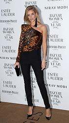 Rosie Huntington-Whiteley bei den Harper's Bazaar Women of the Year Awards 2016 in London / 311016<br /> <br /> *** Harper's Bazaar Women of the Year Awards 2016 in London on October 31, 2016 ***