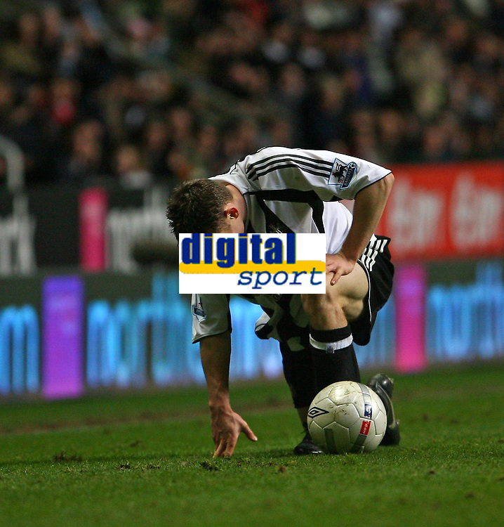 Photo: Andrew Unwin.<br /> Newcastle United v Birmingham City. The FA Cup. 17/01/2007.<br /> Newcastle's James Milner appears in pain following a challenge.