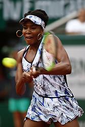 June 2, 2017 - Paris, France - US Venus Williams returns the ball to Belgium's Elise Mertens during their tennis match at the Roland Garros 2017 French Open on June 2, 2017 in Paris. (Credit Image: © Mehdi Taamallah/NurPhoto via ZUMA Press)