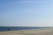 Nederland, Zeeland, Gemeente Schouwen-Duiveland, 26-03-2016; strand Veerse Gatdam<br /> <br /> <br /> copyright foto/photo Siebe Swart